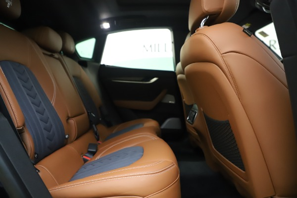 New 2020 Maserati Levante Q4 GranLusso for sale $88,635 at Pagani of Greenwich in Greenwich CT 06830 27