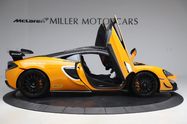 New 2020 McLaren 620R Coupe for sale Call for price at Pagani of Greenwich in Greenwich CT 06830 15