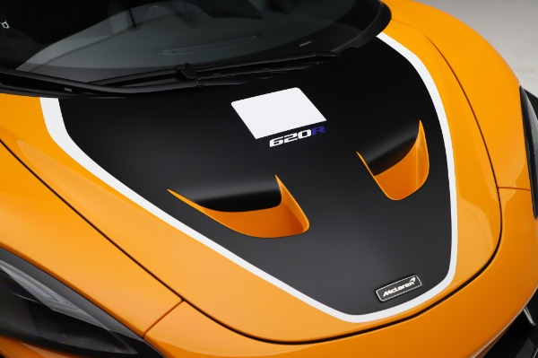 New 2020 McLaren 620R Coupe for sale Call for price at Pagani of Greenwich in Greenwich CT 06830 17