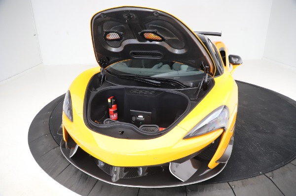 New 2020 McLaren 620R Coupe for sale Call for price at Pagani of Greenwich in Greenwich CT 06830 23