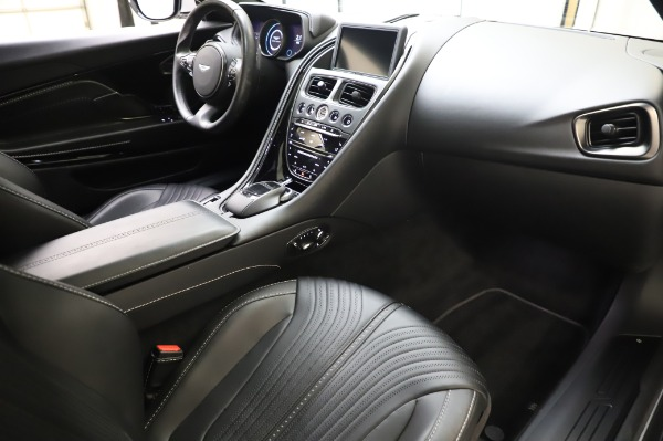 Used 2018 Aston Martin DB11 V8 Coupe for sale $147,900 at Pagani of Greenwich in Greenwich CT 06830 18