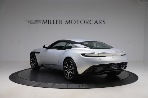 Used 2018 Aston Martin DB11 V8 Coupe for sale $147,900 at Pagani of Greenwich in Greenwich CT 06830 4