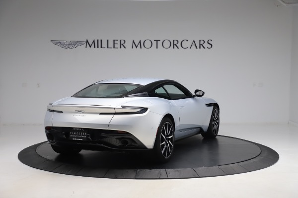 Used 2018 Aston Martin DB11 V8 Coupe for sale $147,900 at Pagani of Greenwich in Greenwich CT 06830 6