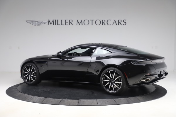 Used 2017 Aston Martin DB11 V12 for sale $149,900 at Pagani of Greenwich in Greenwich CT 06830 3