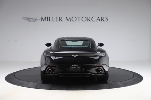 Used 2017 Aston Martin DB11 V12 Coupe for sale $149,900 at Pagani of Greenwich in Greenwich CT 06830 5