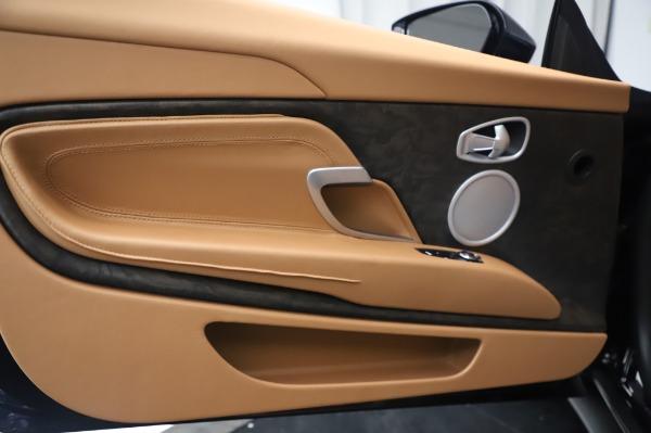 New 2020 Aston Martin DB11 Volante Volante for sale $248,326 at Pagani of Greenwich in Greenwich CT 06830 24