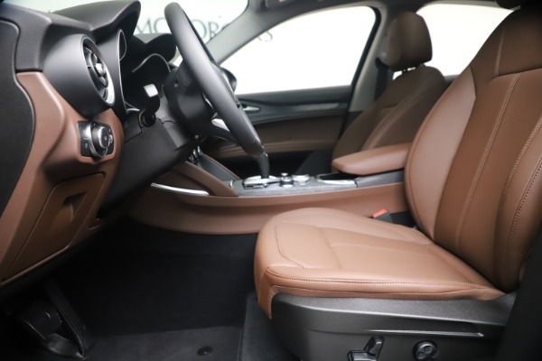 New 2020 Alfa Romeo Stelvio Q4 for sale $49,045 at Pagani of Greenwich in Greenwich CT 06830 15