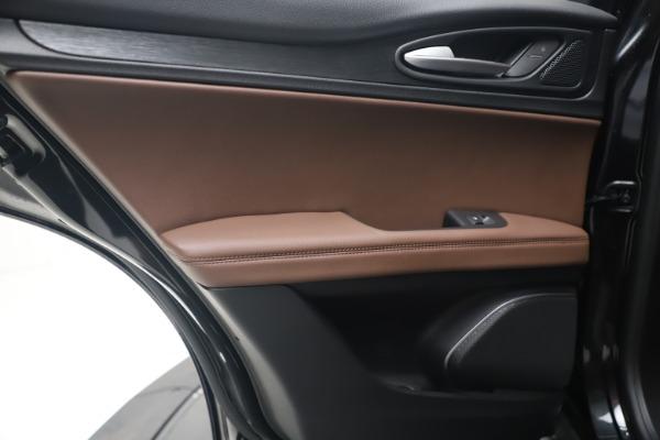 New 2020 Alfa Romeo Stelvio Q4 for sale $49,045 at Pagani of Greenwich in Greenwich CT 06830 20