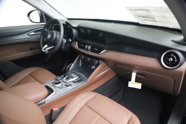 New 2020 Alfa Romeo Stelvio Q4 for sale $49,045 at Pagani of Greenwich in Greenwich CT 06830 23