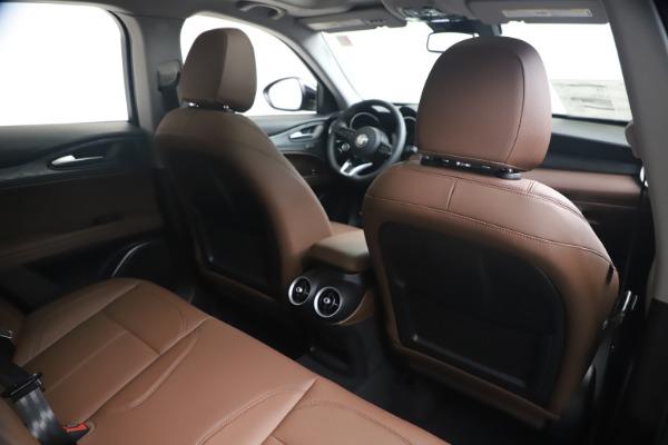 New 2020 Alfa Romeo Stelvio Q4 for sale $49,045 at Pagani of Greenwich in Greenwich CT 06830 27