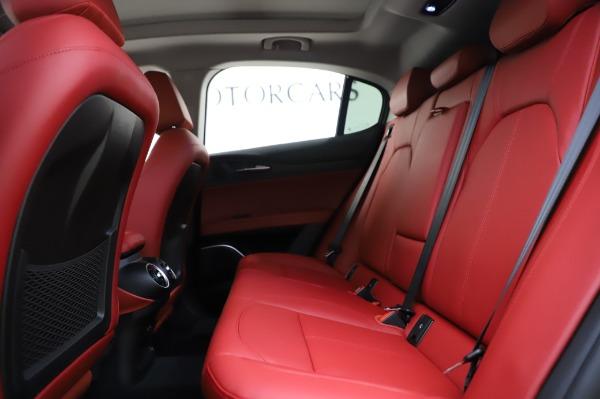 New 2020 Alfa Romeo Stelvio Sport Q4 for sale $50,195 at Pagani of Greenwich in Greenwich CT 06830 19