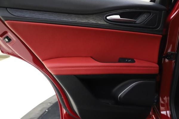 New 2020 Alfa Romeo Stelvio Sport Q4 for sale $50,195 at Pagani of Greenwich in Greenwich CT 06830 21