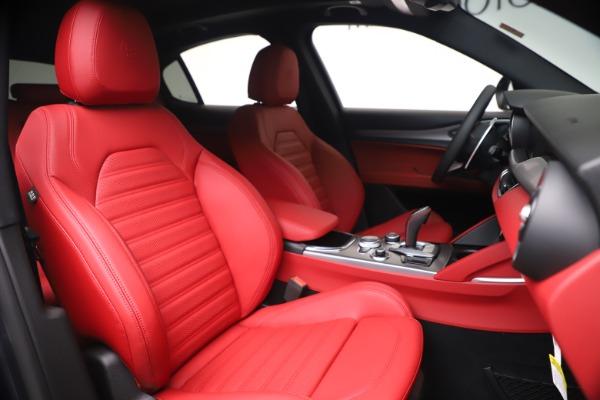 New 2020 Alfa Romeo Stelvio Ti Sport Q4 for sale $56,145 at Pagani of Greenwich in Greenwich CT 06830 22