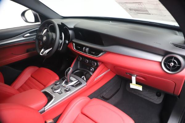 New 2020 Alfa Romeo Stelvio Ti Sport Q4 for sale $56,145 at Pagani of Greenwich in Greenwich CT 06830 24