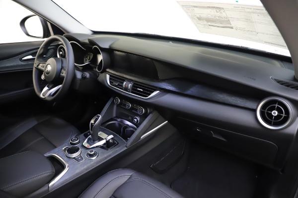 New 2020 Alfa Romeo Stelvio for sale $50,145 at Pagani of Greenwich in Greenwich CT 06830 24