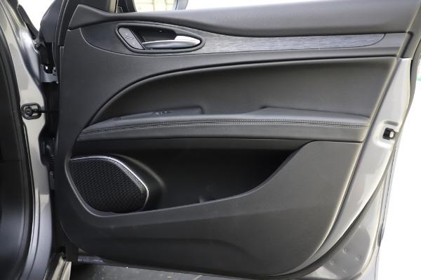New 2020 Alfa Romeo Stelvio for sale $50,145 at Pagani of Greenwich in Greenwich CT 06830 25