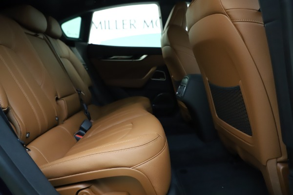 New 2020 Maserati Levante Q4 GranSport for sale $86,685 at Pagani of Greenwich in Greenwich CT 06830 27