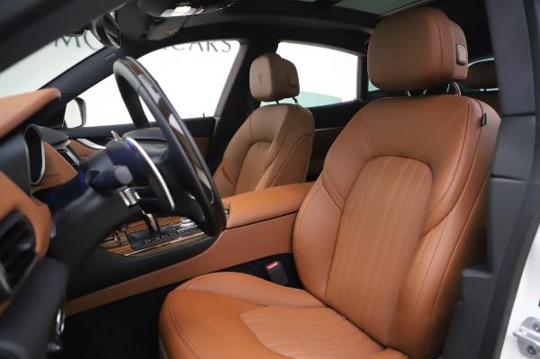 New 2020 Maserati Levante Q4 GranLusso for sale $74,480 at Pagani of Greenwich in Greenwich CT 06830 14