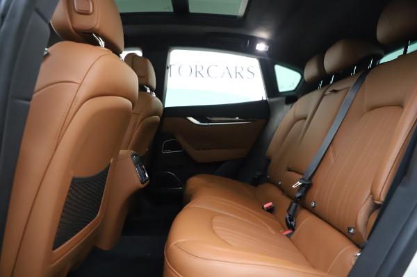 New 2020 Maserati Levante Q4 GranLusso for sale $74,480 at Pagani of Greenwich in Greenwich CT 06830 20