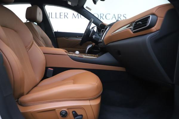 New 2020 Maserati Levante Q4 GranLusso for sale $74,480 at Pagani of Greenwich in Greenwich CT 06830 24
