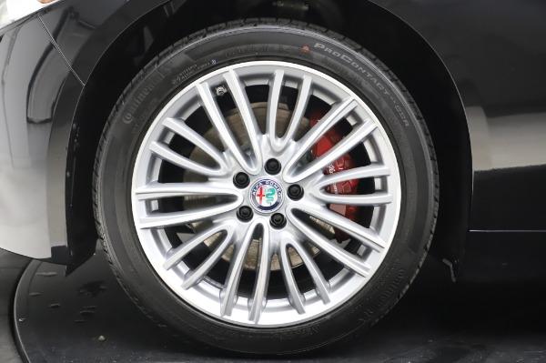 New 2020 Alfa Romeo Giulia Ti Lusso Q4 for sale $46,195 at Pagani of Greenwich in Greenwich CT 06830 14