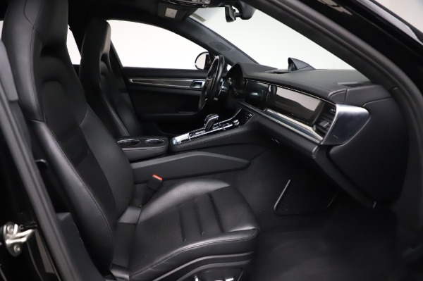Used 2017 Porsche Panamera Turbo for sale $95,900 at Pagani of Greenwich in Greenwich CT 06830 20