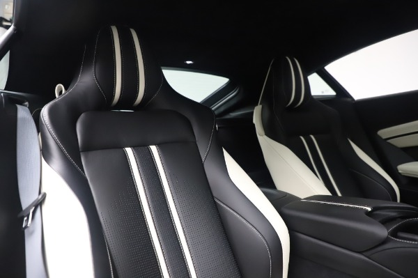 New 2020 Aston Martin Vantage for sale $181,781 at Pagani of Greenwich in Greenwich CT 06830 19