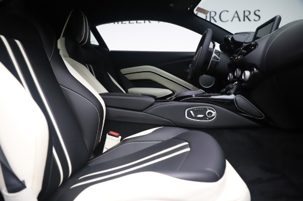 New 2020 Aston Martin Vantage for sale $181,781 at Pagani of Greenwich in Greenwich CT 06830 21