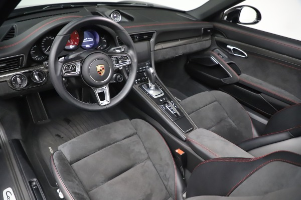 Used 2018 Porsche 911 Carrera 4 GTS for sale $137,900 at Pagani of Greenwich in Greenwich CT 06830 13