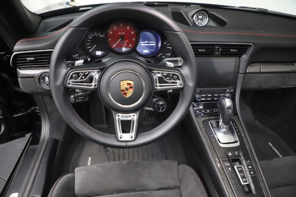 Used 2018 Porsche 911 Carrera 4 GTS for sale $137,900 at Pagani of Greenwich in Greenwich CT 06830 18