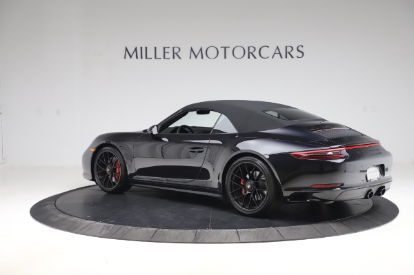 Used 2018 Porsche 911 Carrera 4 GTS for sale $137,900 at Pagani of Greenwich in Greenwich CT 06830 24