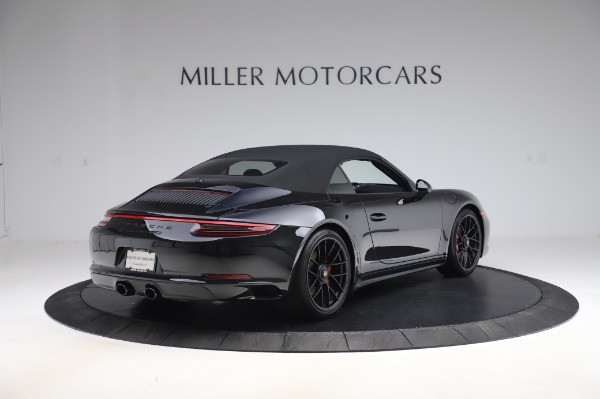 Used 2018 Porsche 911 Carrera 4 GTS for sale $137,900 at Pagani of Greenwich in Greenwich CT 06830 25