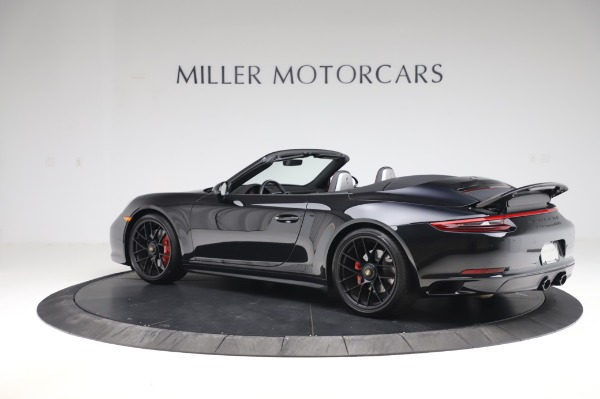 Used 2018 Porsche 911 Carrera 4 GTS for sale $137,900 at Pagani of Greenwich in Greenwich CT 06830 3