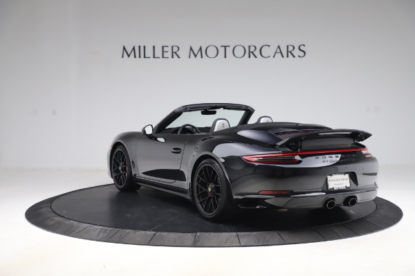 Used 2018 Porsche 911 Carrera 4 GTS for sale $137,900 at Pagani of Greenwich in Greenwich CT 06830 4