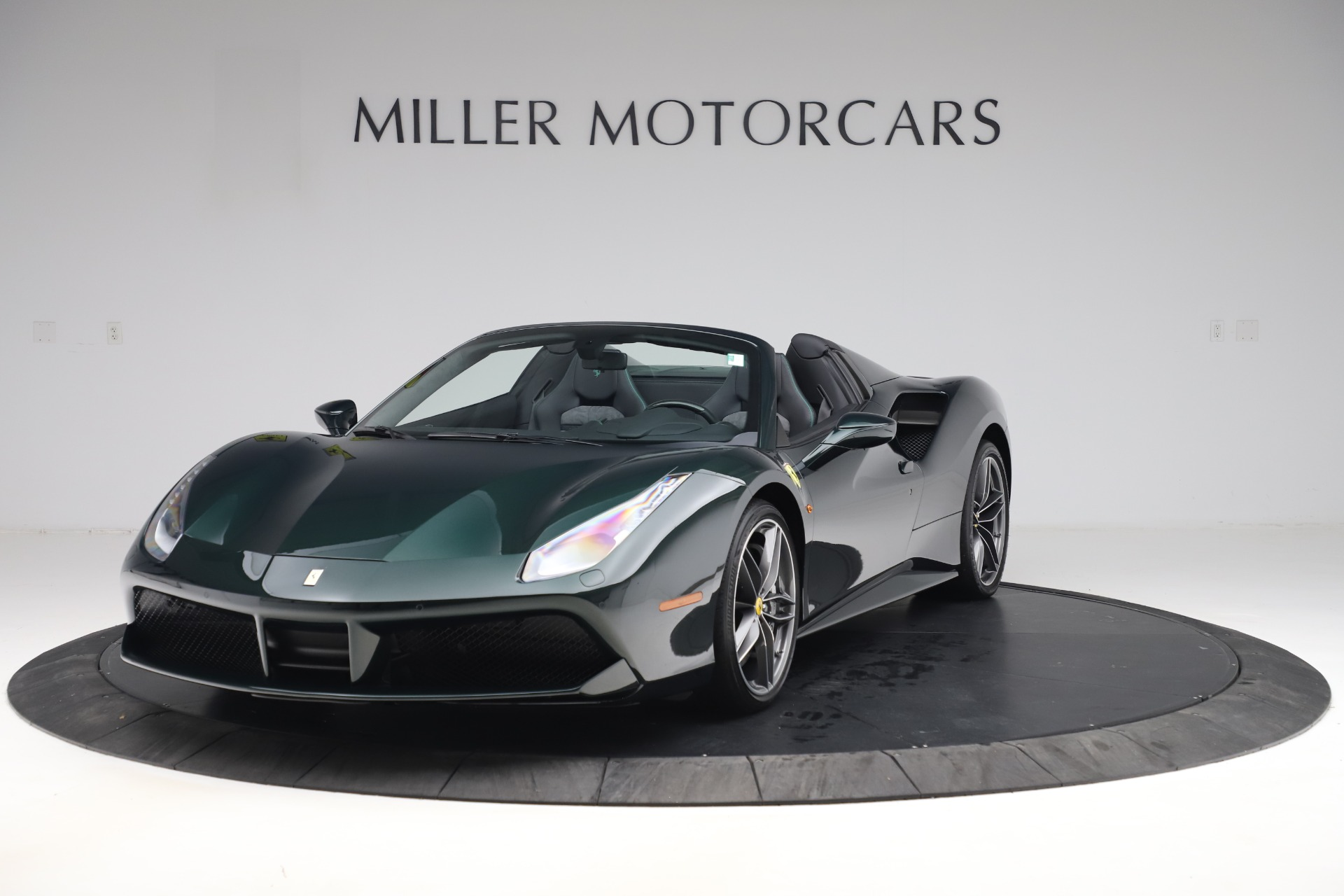 Used 2019 Ferrari 488 Spider Base for sale $329,900 at Pagani of Greenwich in Greenwich CT 06830 1