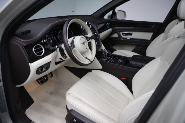 Used 2018 Bentley Bentayga Onyx Edition for sale Call for price at Pagani of Greenwich in Greenwich CT 06830 17