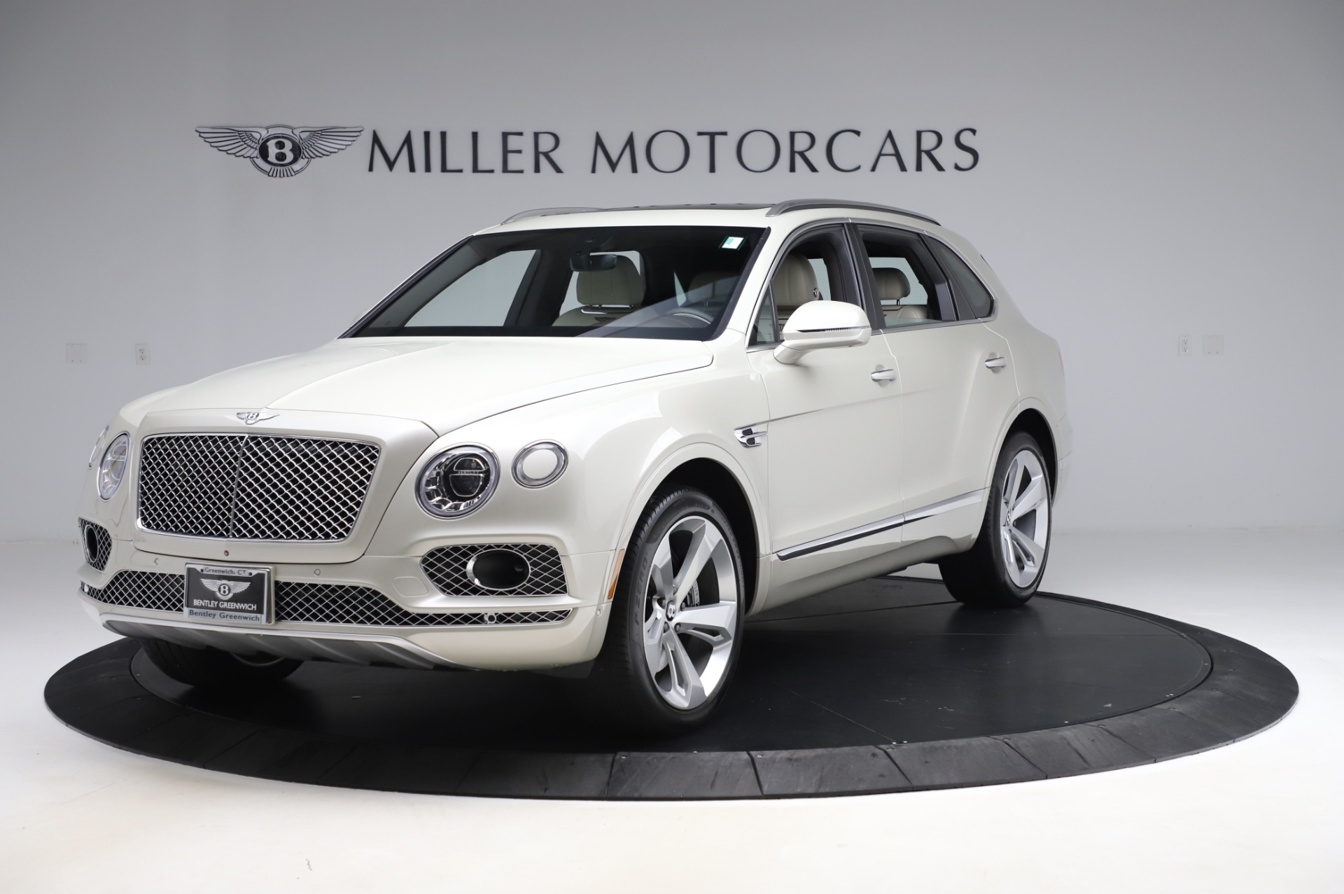 Used 2018 Bentley Bentayga Onyx Edition for sale Call for price at Pagani of Greenwich in Greenwich CT 06830 1