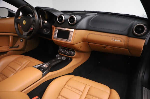 Used 2014 Ferrari California 30 for sale Call for price at Pagani of Greenwich in Greenwich CT 06830 25