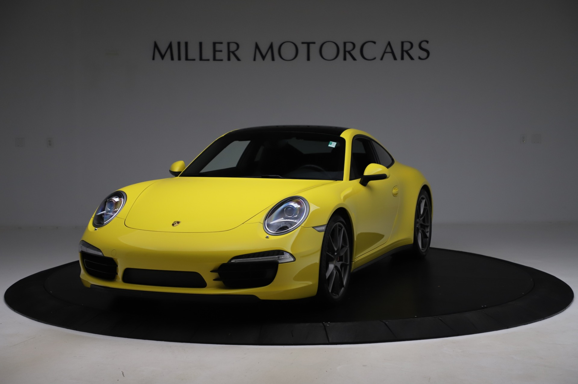 Used 2013 Porsche 911 Carrera 4S for sale $74,900 at Pagani of Greenwich in Greenwich CT 06830 1