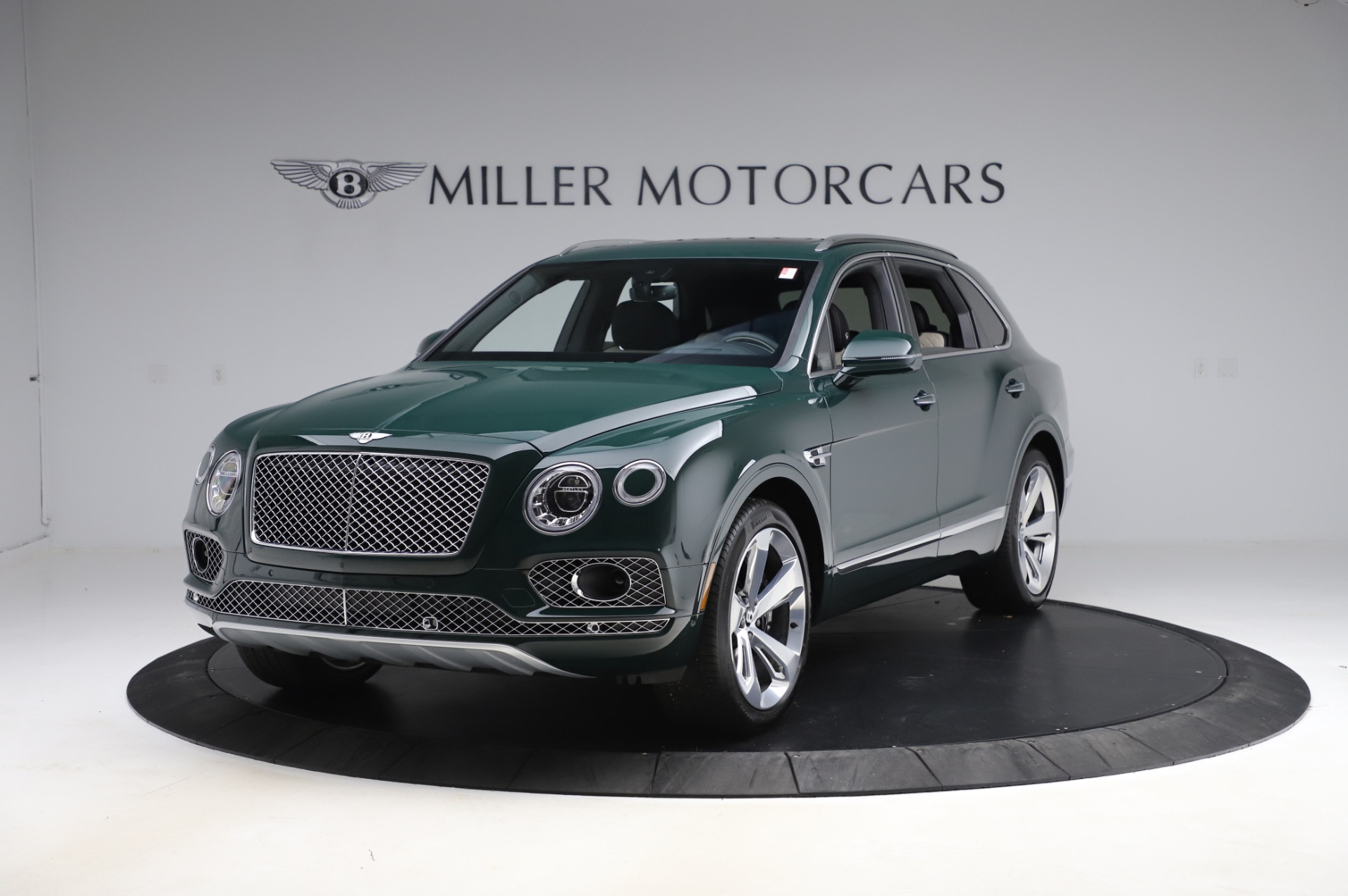 New 2020 Bentley Bentayga V8 for sale $189,900 at Pagani of Greenwich in Greenwich CT 06830 1