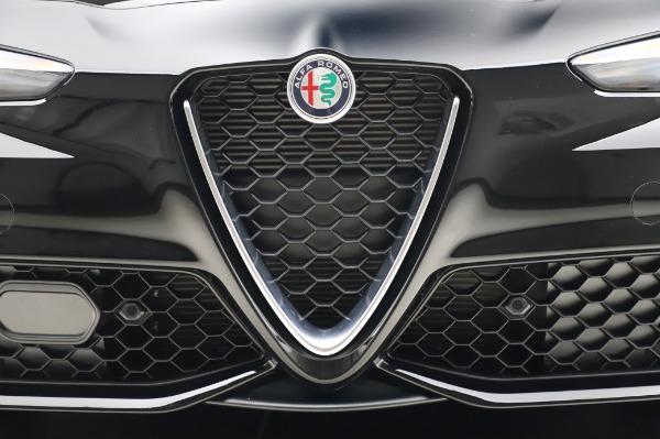 New 2020 Alfa Romeo Giulia Sport Q4 for sale $48,895 at Pagani of Greenwich in Greenwich CT 06830 13