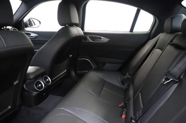 New 2020 Alfa Romeo Giulia Sport Q4 for sale $48,895 at Pagani of Greenwich in Greenwich CT 06830 18