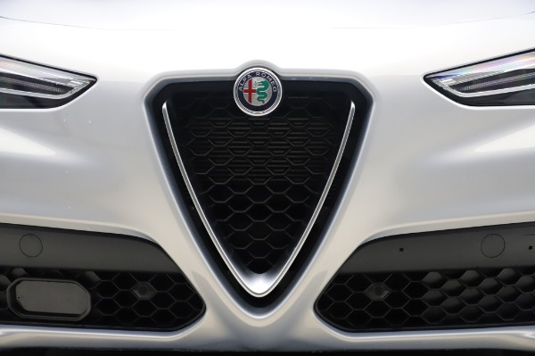 New 2020 Alfa Romeo Stelvio Ti Lusso Q4 for sale $55,045 at Pagani of Greenwich in Greenwich CT 06830 13