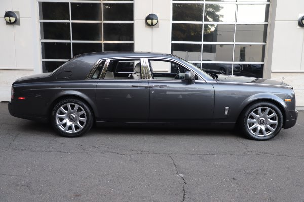 Used 2014 Rolls-Royce Phantom for sale $219,900 at Pagani of Greenwich in Greenwich CT 06830 11
