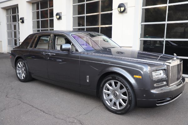 Used 2014 Rolls-Royce Phantom for sale $219,900 at Pagani of Greenwich in Greenwich CT 06830 13