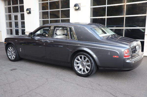 Used 2014 Rolls-Royce Phantom for sale $219,900 at Pagani of Greenwich in Greenwich CT 06830 9