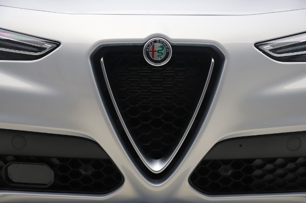 New 2020 Alfa Romeo Stelvio Ti Lusso Q4 for sale $54,145 at Pagani of Greenwich in Greenwich CT 06830 13