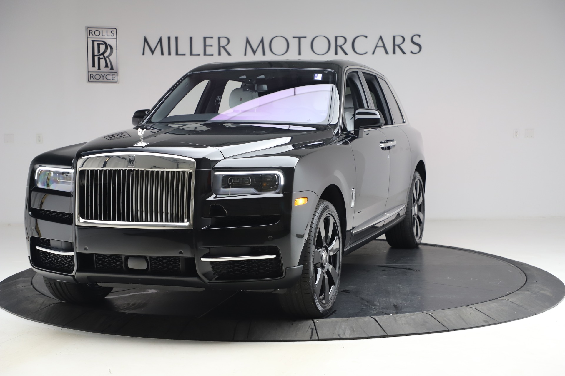 New 2021 Rolls-Royce Cullinan for sale $369,975 at Pagani of Greenwich in Greenwich CT 06830 1