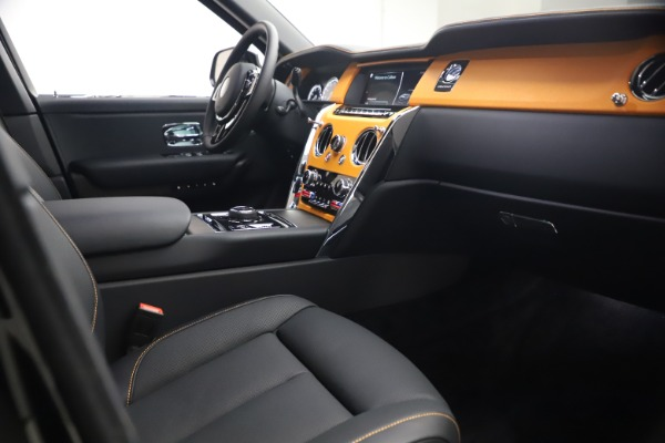 New 2021 Rolls-Royce Cullinan for sale $372,725 at Pagani of Greenwich in Greenwich CT 06830 18