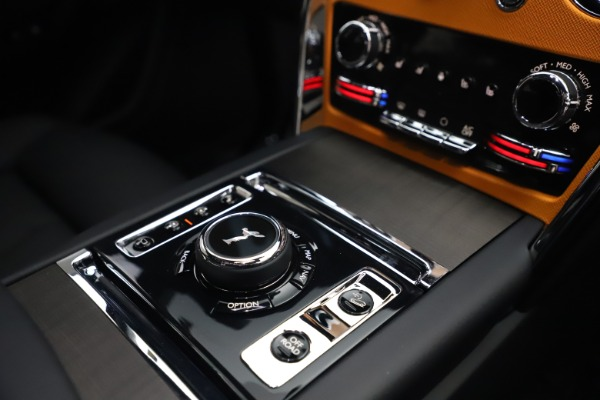 New 2021 Rolls-Royce Cullinan for sale $372,725 at Pagani of Greenwich in Greenwich CT 06830 28